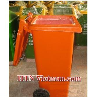 http://htnvietnam.com/upload/files/Thung-rac-composite-120L%20cam.JPG