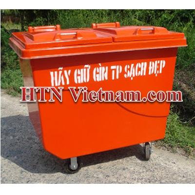 http://htnvietnam.com/upload/images/Cabin%20-%20Nh%C3%A0%20v%E1%BB%87%20sinh/thung-rac-1000-l%C3%ADt-b%E1%BB%91n-b%C3%A1nh-composite-HTN.jpg