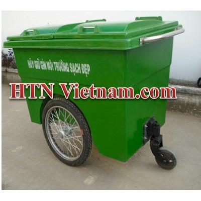 http://htnvietnam.com/upload/images/Cabin%20-%20Nh%C3%A0%20v%E1%BB%87%20sinh/thung-rac-660-l%C3%ADt-ba-b%C3%A1nh-composite.jpg