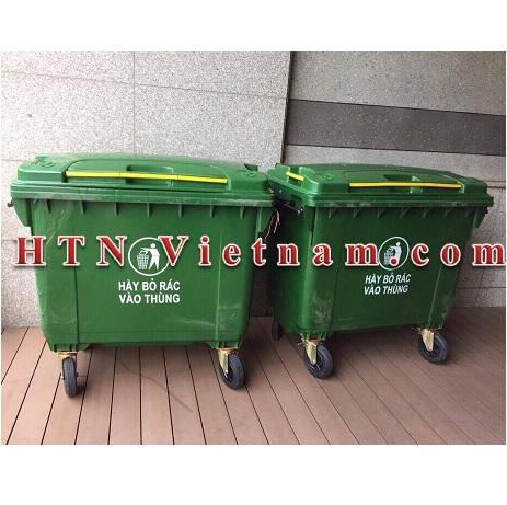 http://htnvietnam.com/upload/images/Cabin%20-%20Nh%C3%A0%20v%E1%BB%87%20sinh/thung-rac-660-lit-xanh-la-HTN-VN.jpg
