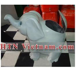 http://htnvietnam.com/upload/images/Thung%20cho%20hang%20%2B%20h%C3%ACnh%20th%C3%BA/Thung-rac-composite-hinh-con-voi-HTN.jpg