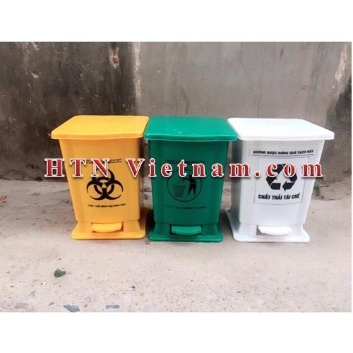http://htnvietnam.com/upload/images/Thung%20rac%20ngoai%20troi/thung-rac-y-te-dap-chan-15l-HTN-VN.jpg