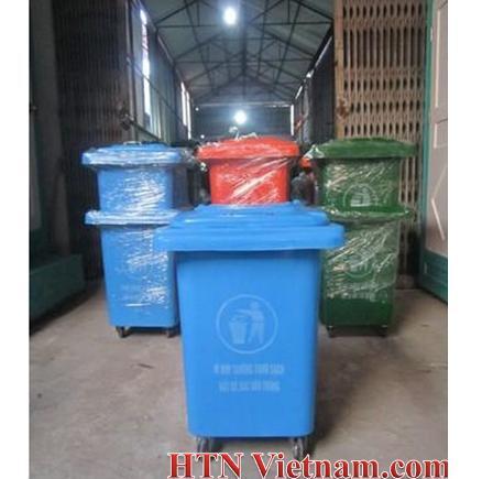 http://htnvietnam.com/upload/images/Thung-rac-composite-80l%20Com.JPG